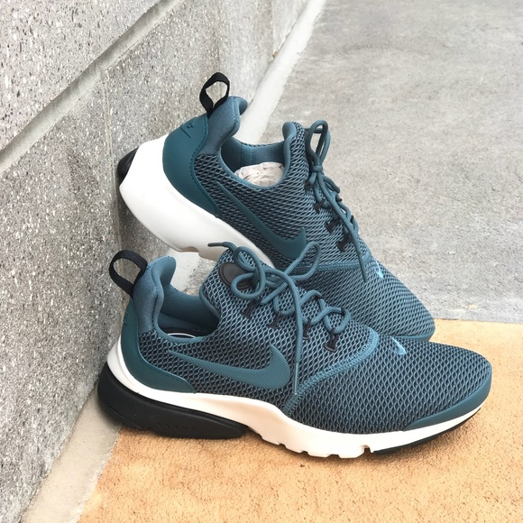 d0d4c2cfe6378b NWT Nike Presto Ultra SE Iced Jade WMNS